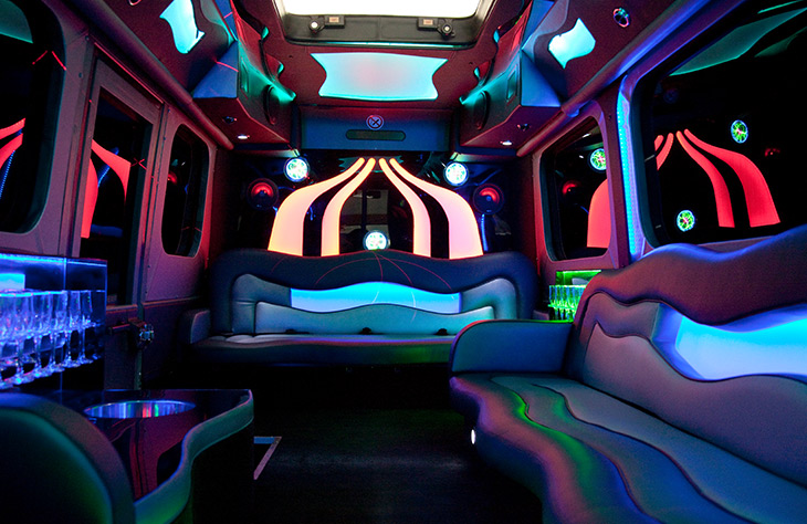 Reasons You Should Look at a Good Limousine Service